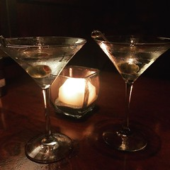 Another martini moment :sunglasses::cocktail::cocktail:  #martini #nightout @seasons52
