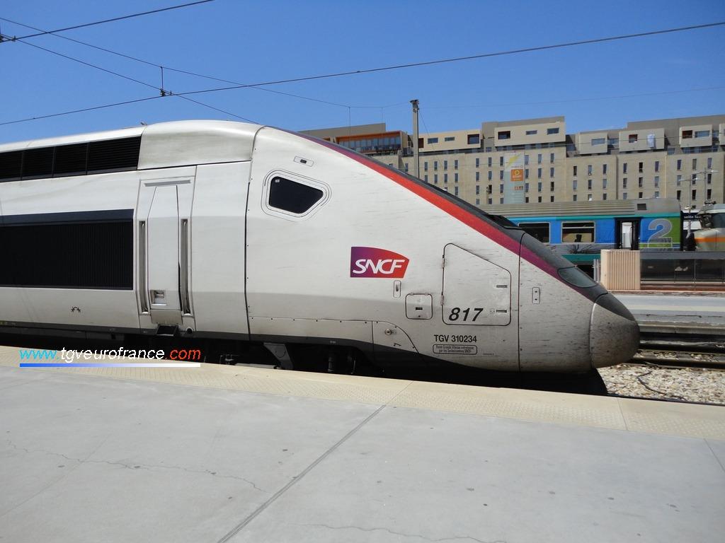 Détail de la motrice paire du TGV Euroduplex 817