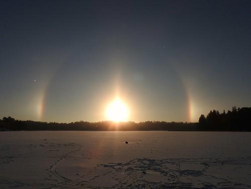 winter sun snow ice sunrise finland helsinki halo herttoniemi aurinko taivas