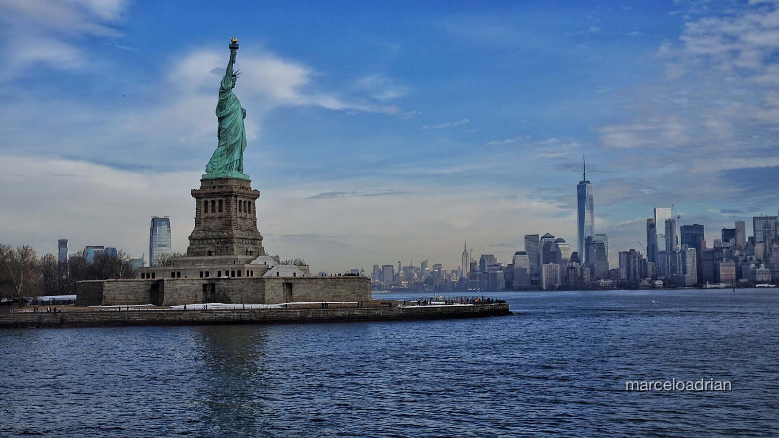 new york one world trade center 1wtc 541m 1776ft 94 fl statue of liberty new york by marcelo on flickr