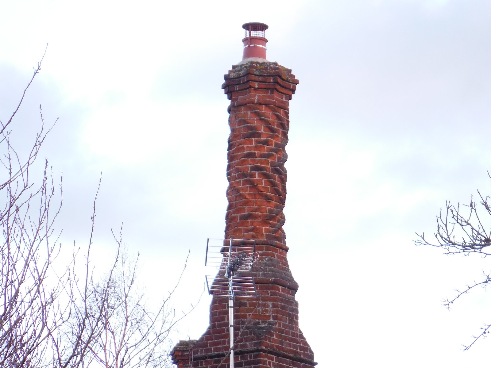 Chimney in Haddenham SWC Walk 191 Haddenham Circular (via Brill)
