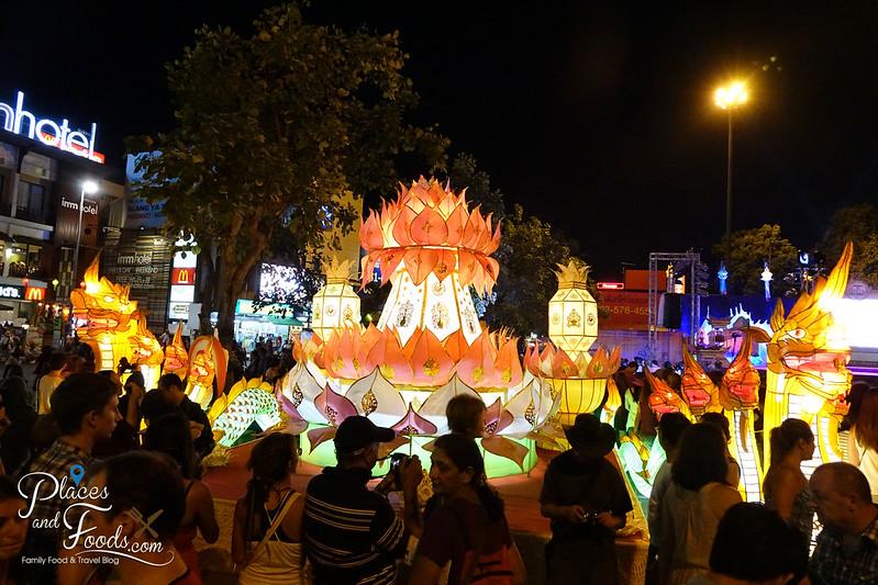 chiang mai loy krathong celebration day 1 huge krathong lanterns