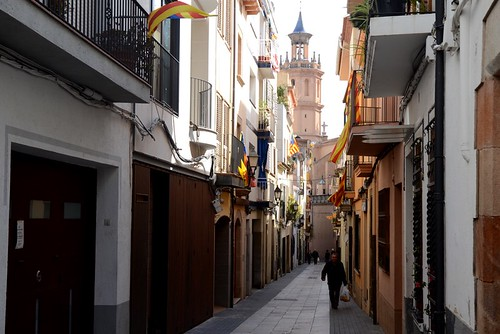 Day trip to Arenys de Mar, seafood and walking around the old town