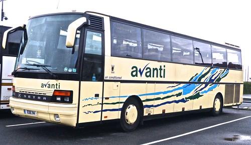EDZ 114 'Avanti Coach Travel' SETRA S250.