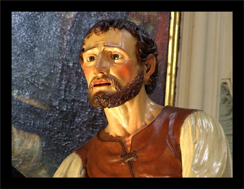34 - Cristo cade sotto la croce e viene aiutato dal Cireneo (particolare) 2013-03-29 033A