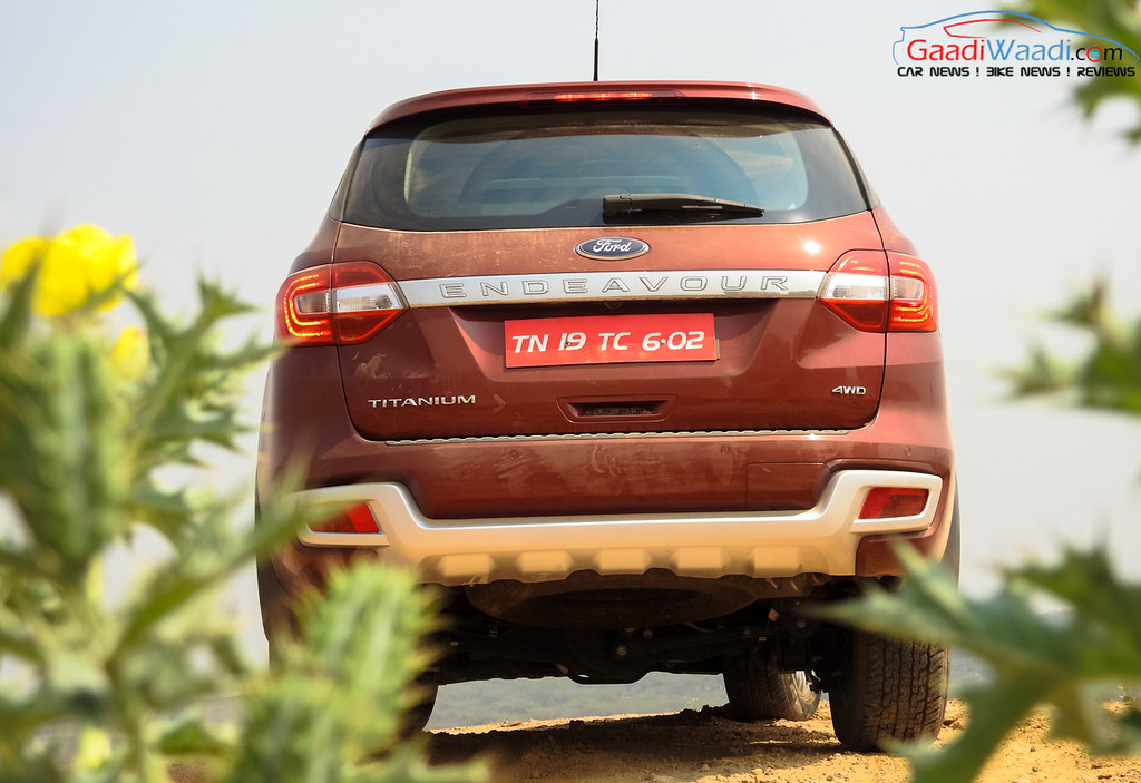 2016 ford endeavour 3.2 india rear
