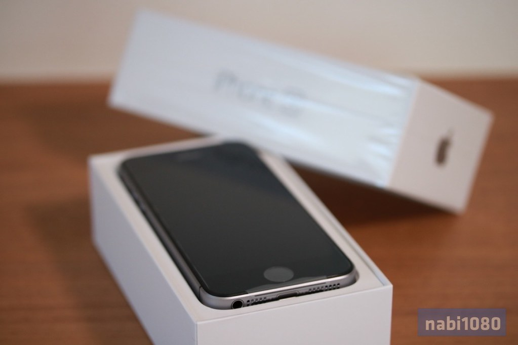 iPhone SE06