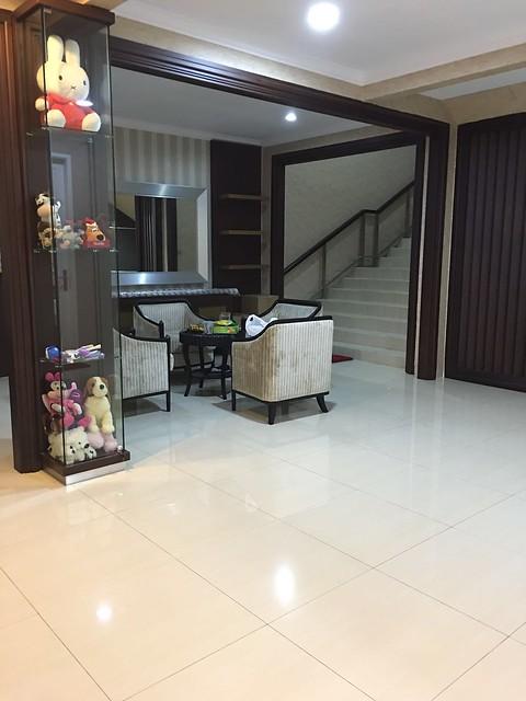 Rumah Bagus dan Mewah 2 lantai di Cempaka Putih (1)