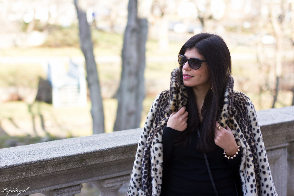 Black skirt, black top, leopard fur coat, over the knee boots-6.jpg