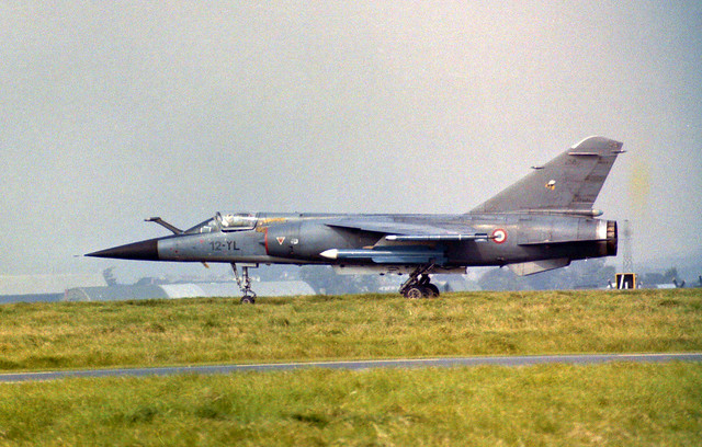 258/12-YL Mirage F.1 Arrive