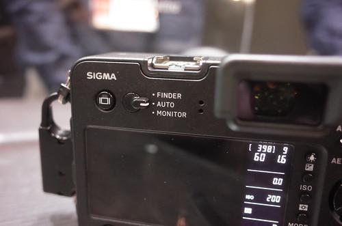 SIGMA sd Quattro H 12
