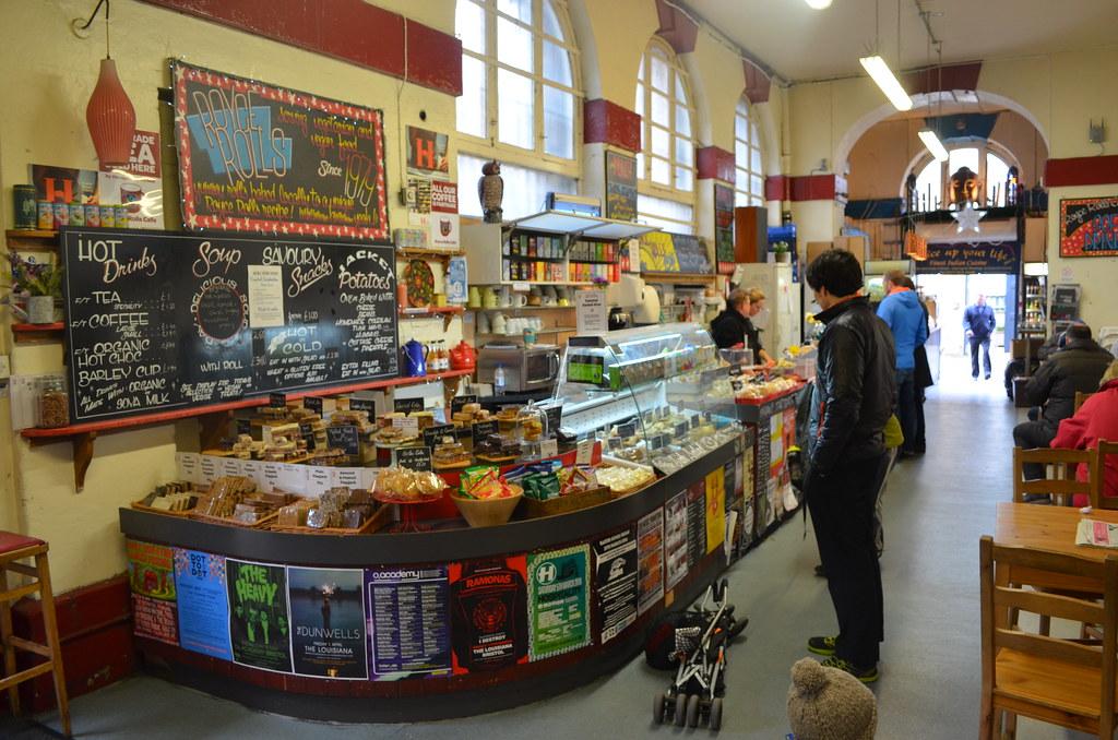 > St Nicolas Market reste une très bonne option pour manger à Bristol. Central, sympa, bon et pas cher.