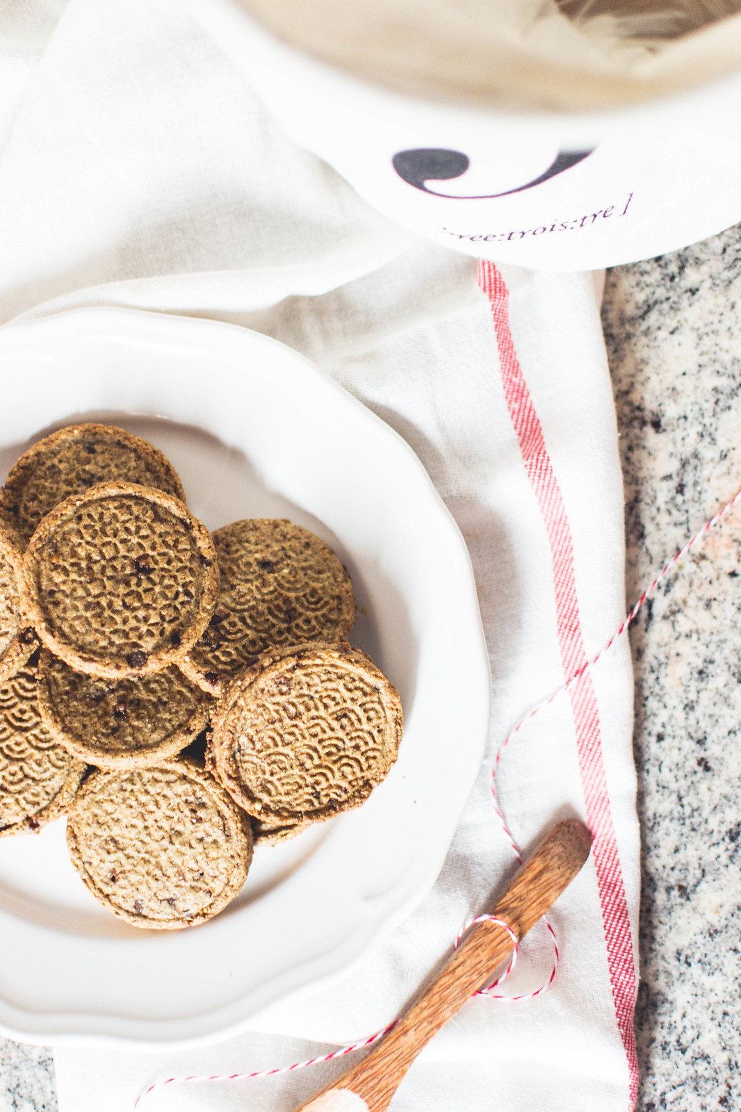 Healthy vegan oat biscuits
