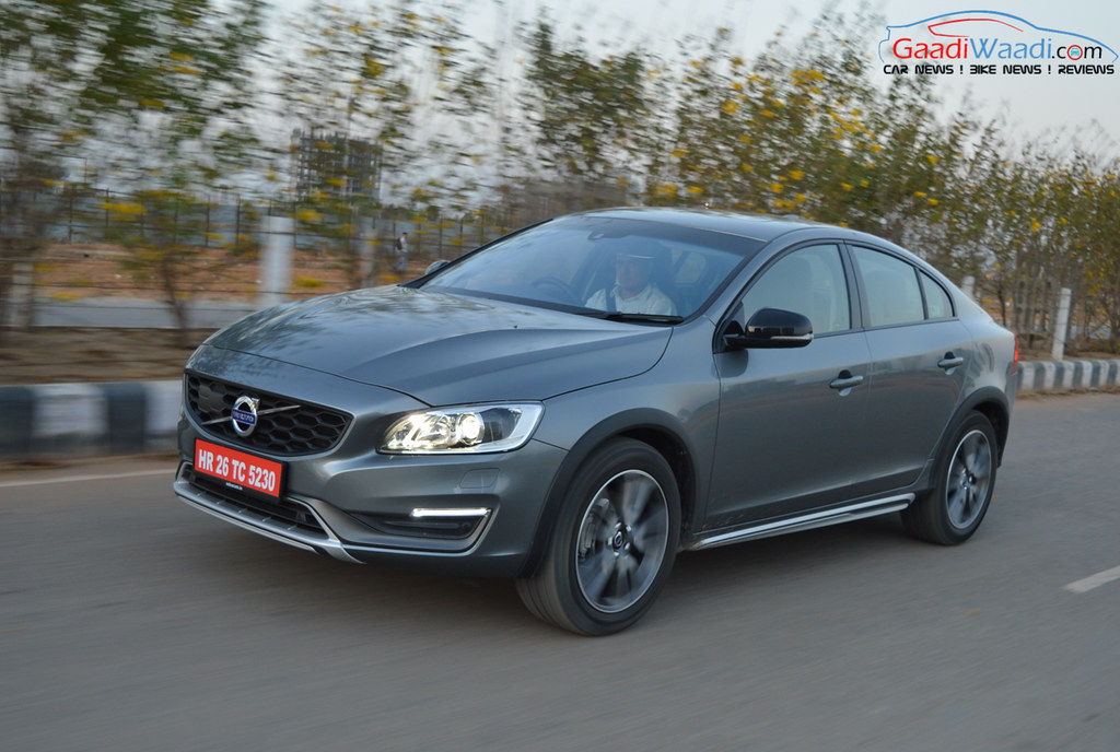 Volvo S60 Cross Country review india-16