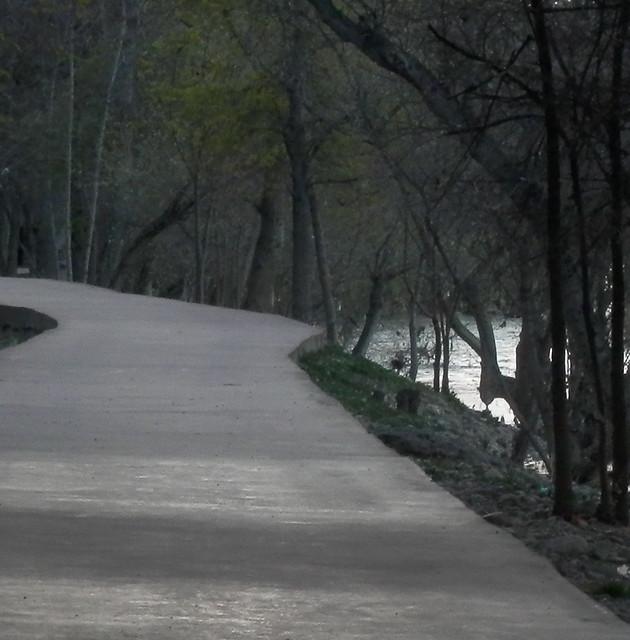 Rincón del río bajo el colegio
