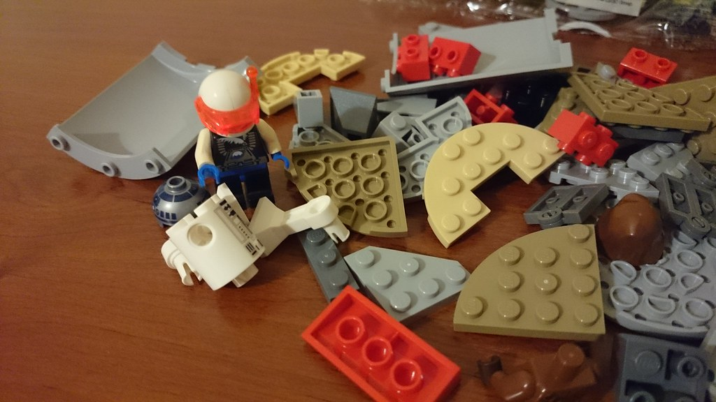 ThebrickReview: LEGO 75136 - (Star Wars) Droid Escape Pod (Pic Heavy!) 25816835371_1007ffc68a_b