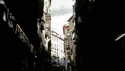 Calle Ancha en Toledo entre octubre y noviembre de 1960. Fotografías de Joseph Jacobson y Maria del Carmen Rivero Hernández .
