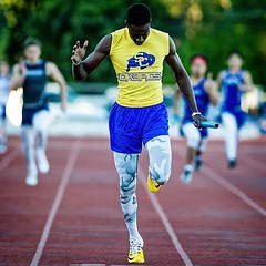 @t.bush11 dominated the #trackandfield yesterday at the Alamo Heights event. Check out all the photos (link in bio) #tracknation #nikonphotography #sportsphotography #ok3pics
