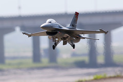 F-16 Fighting Falcon on Final, R.O.C Air Force.