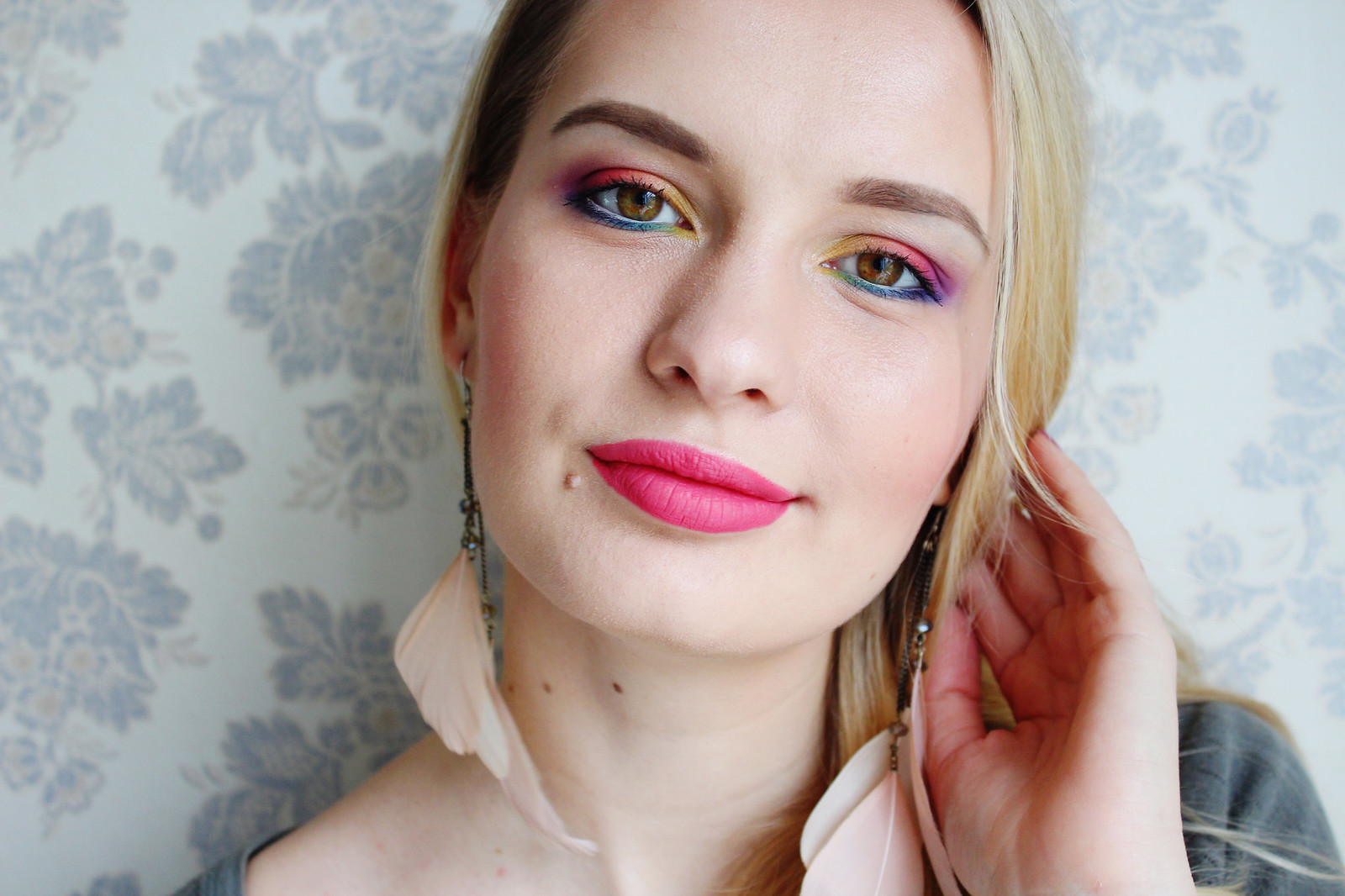 Colorful spring makeup
