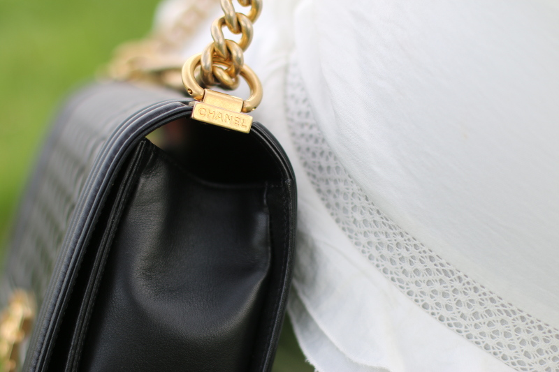 chanel boy bag, gold chain