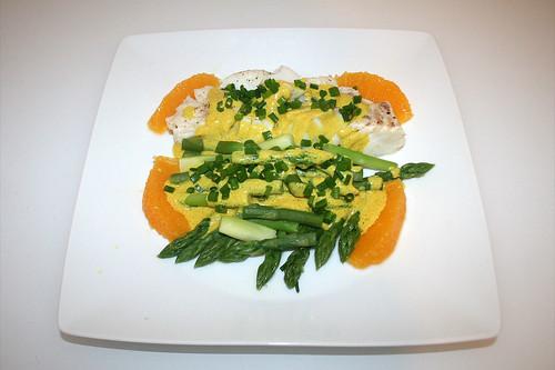 37 - Codfish with green asparagus in orange-curry-sauce - Served / Kabeljau mit grünem Spargel in Orangen-Currysauce - Serviert