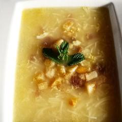 Estupenda #sopa casera de #puchero con...