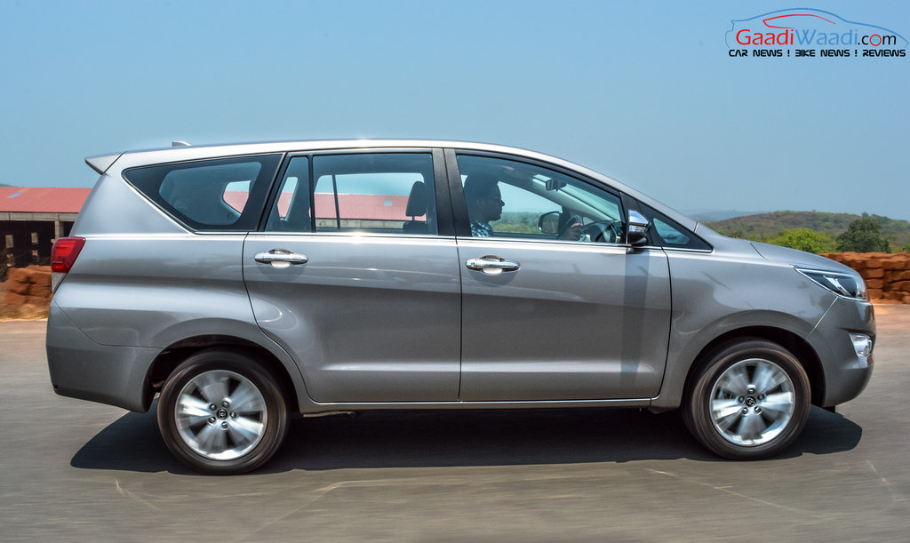 Toyota Innova Crysta side images