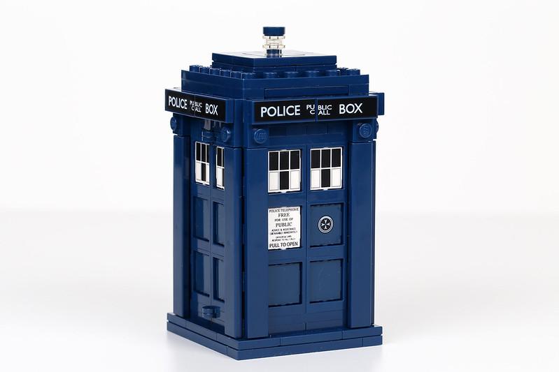 21304 Police Box
