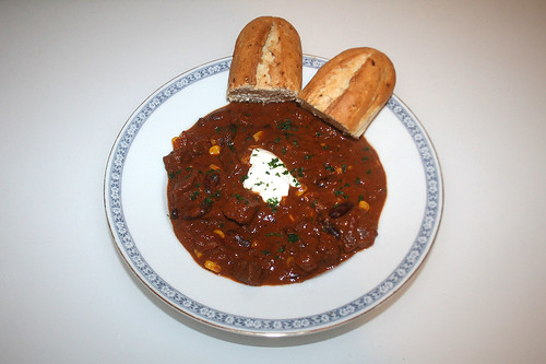 51 - Texas Beef Chili - Served / Serviert