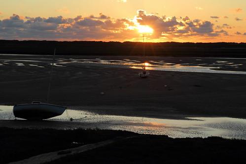 sunset cloud water reflections soleil boat eau cove coucher normandie nuage bateau normandy reflets manche coucherdesoleil bricquevillesurmer