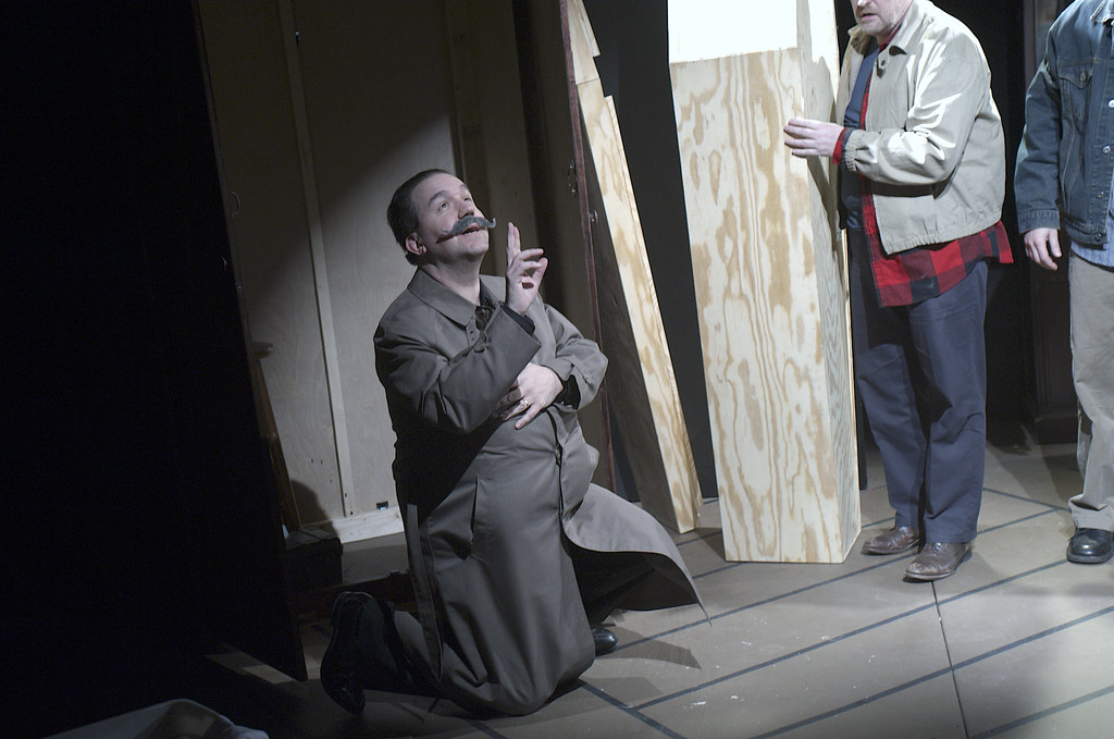 <p>Peter Orvetti as Federal Agent got touched by Saint Eulalia's supper powers <br /> Darren Marquardt as Giovanni and Mitch Irzinski as Luigi<br /> <br /> Photo by Valentin Radev</p>