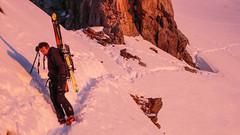 Dojście do przełęczy Col de la Neiges 3348m, we wschodzącym słońcu