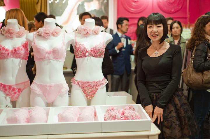 stylesight-brandelis-soho-new-york-lingerie-store-opening-party-3