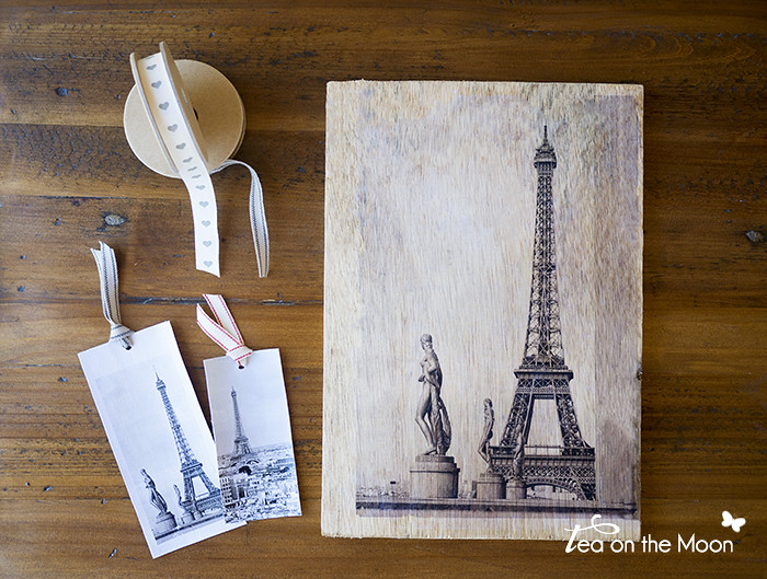 Cómo transferir una foto a madera o lienzo