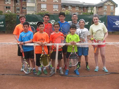 Chicos de Punta Arenas entrenan en la FTCh