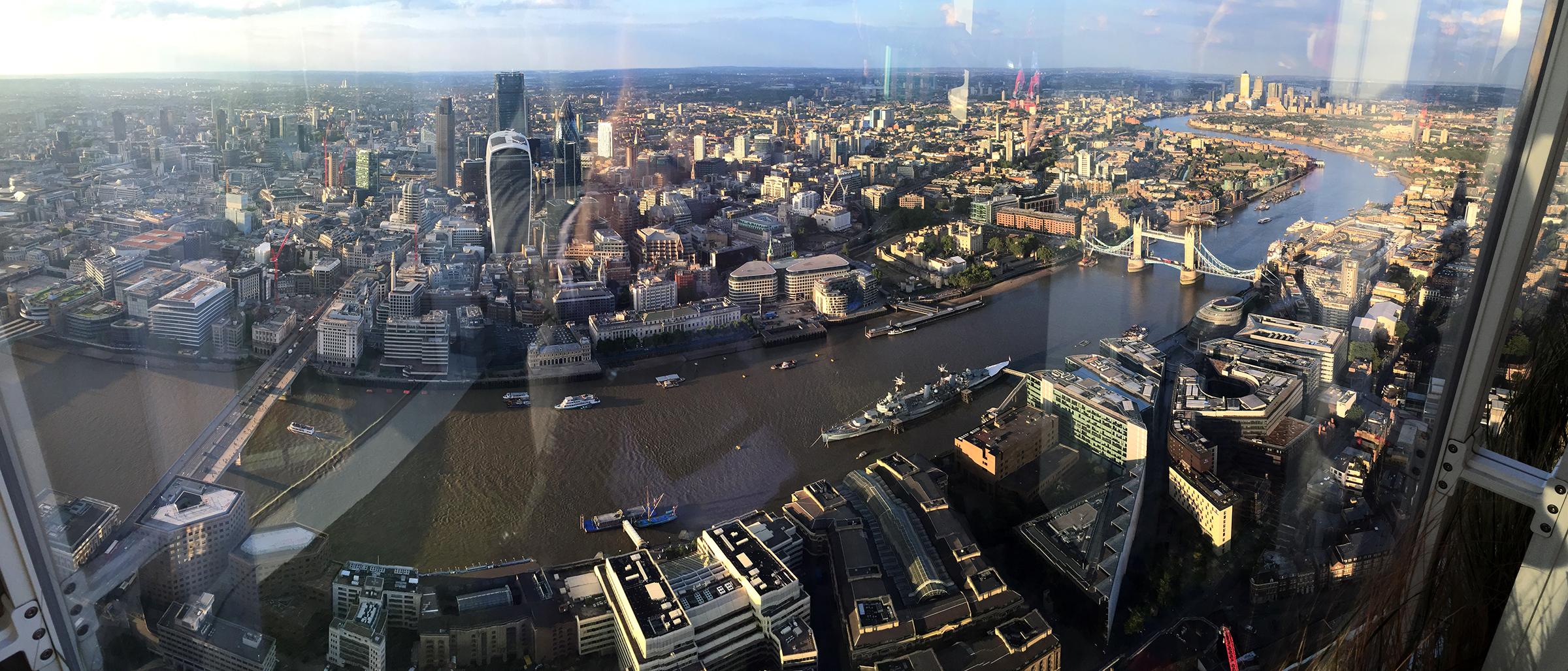 Viajar de París a Londres: Vista del Támesis desde The Shard en Londres viajar de parís a londres - 24300150465 f5b8a95100 o - Viajar de París a Londres en coche y con perro