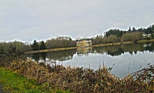 Vernonia Lake, old mill building