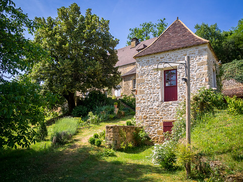 French Country Cottage in Montfort, Dordogne