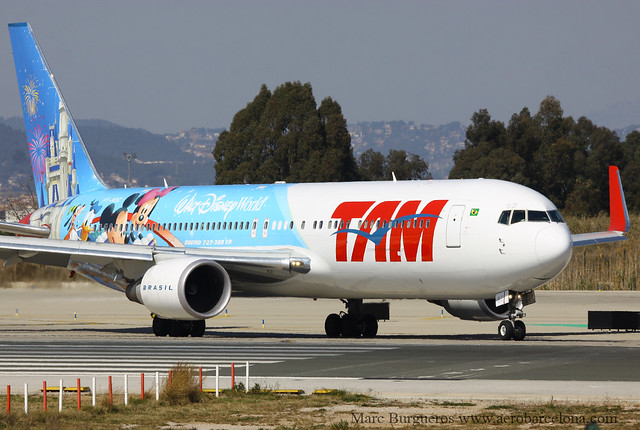 "TAM BOEING 767 PR-MSZ ""Disney World Livery"""