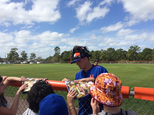 Addison Reed signing autographs