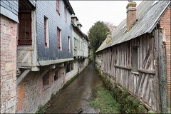 Pont-l'Évêque 14 (l'Yvie) - Photo of Saint-Julien-sur-Calonne
