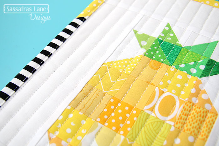 Free Pineapple Mini Quilt Pattern