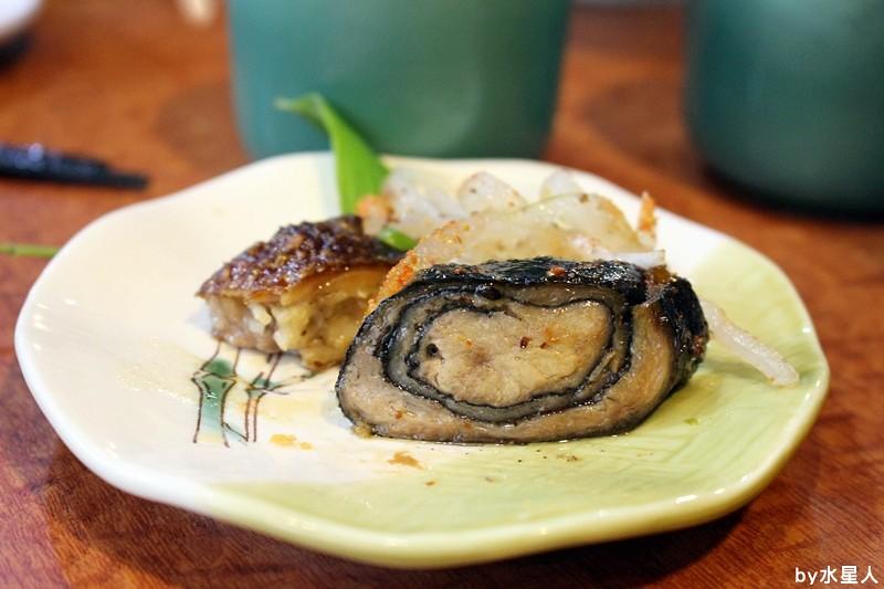 26223206466 feb8a6e75a b - 台中南屯【高町日本料理】生魚片蓋飯專賣,丼飯大碗新鮮,自行搭配的菜色組合,每一道都美味精緻