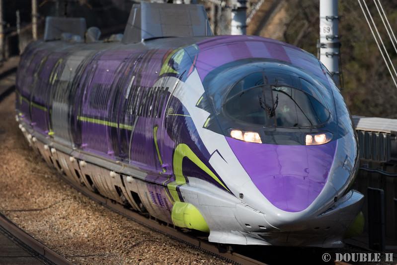 "JR West ""500 TYPE EVA"" (500-7000 series set V2), aside Otsu Tunnel (1)"