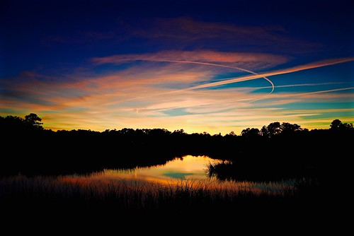 pink november blue autumn sunset cloud reflection fall sc water silhouette clouds creek reflections nikon south southcarolina bluesky marsh beaufort vaportrails carolinas 2015 beaufortcounty nikon2485 batterycreek nikond610