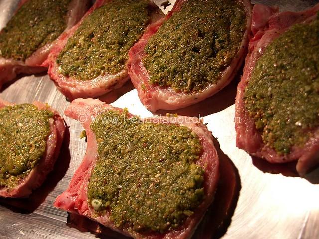 Côtes de Porc En Croûte Farcies Sauce au Parmesan_02