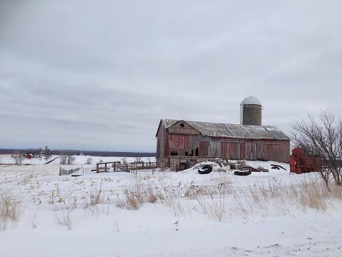 20140205 St. Cloud, Wisconsin wimter barn scene - 2