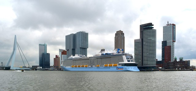 Ovation of the Seas cruiseport Rotterdam