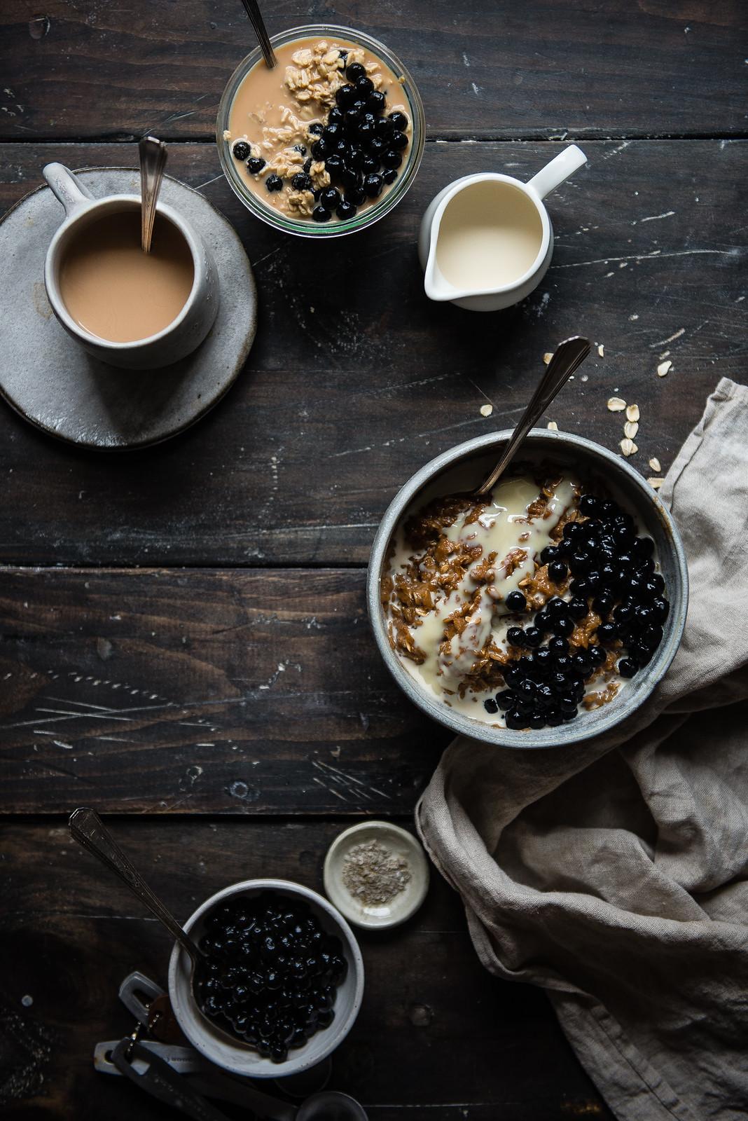 bubble tea oatmeal | two red bowls